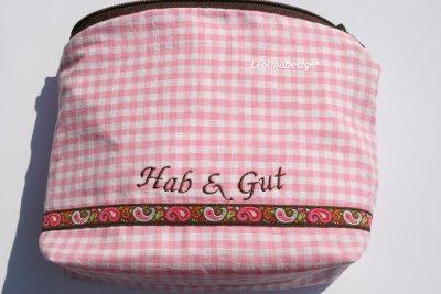 Hab & Gut | Schminktäschchen, bestickt mit Hab & Gut | waseigenes.com DIY Blog
