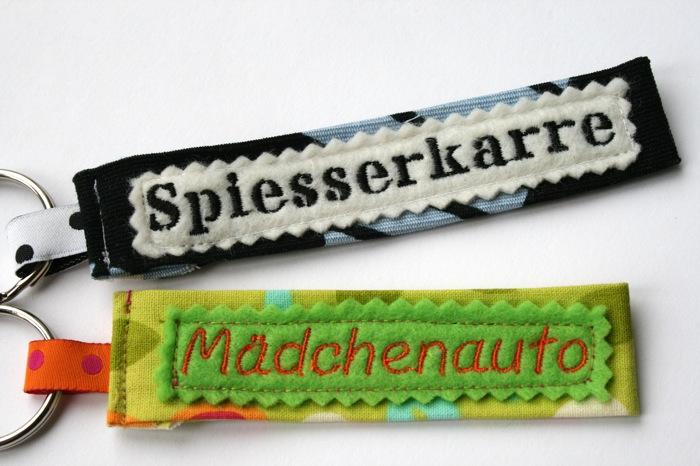 Genähte Schlüsselanhänger: Spiesserkarre und Mädchenauto | waseigenes.com DIY Blog