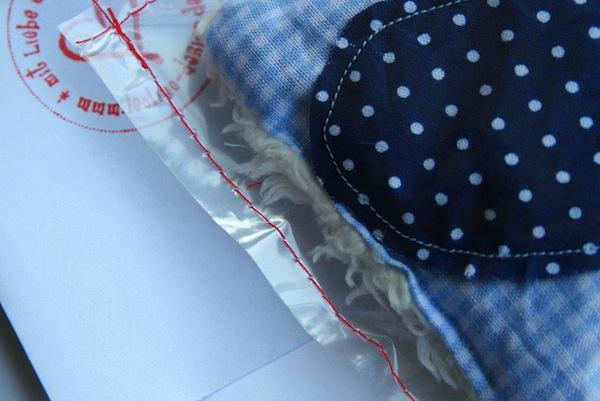 Genähte Tüte | Geschenke einnähen | 2009 | waseigenes.com