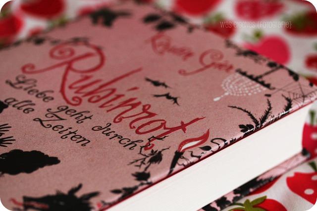 Buch Tipp: Rubinrot - Liebe geht durch alle Zeiten von Kerstin Gier | waseigenes.com