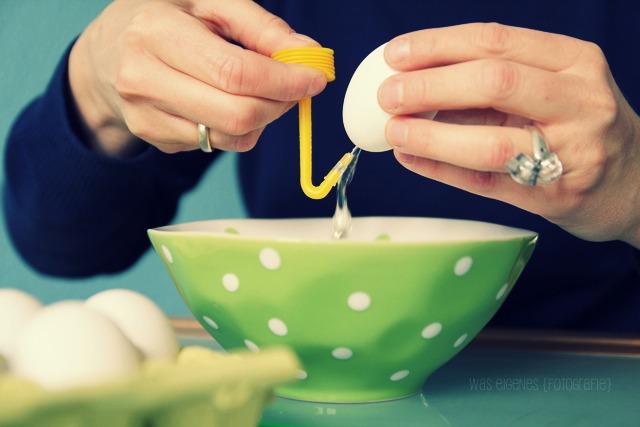 Eier auspusten ohne hochrotem Kopf! Mit dem Blas-Fix geht das ganz schnell | waseigenes.com