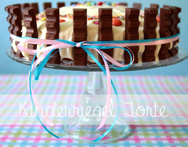 Kinderriegel Torte | Geburtstagskuchen | Geburtstagstorte | Marmorkuchen mit Frosting und Kinderriegel dekorieren | waseigenes.com