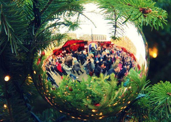 Kölner Weihnachtsmarkt am Dom | 2011 | Roncalliplatz | #Weihnachtsmarkt #Köln | waseigenes.com