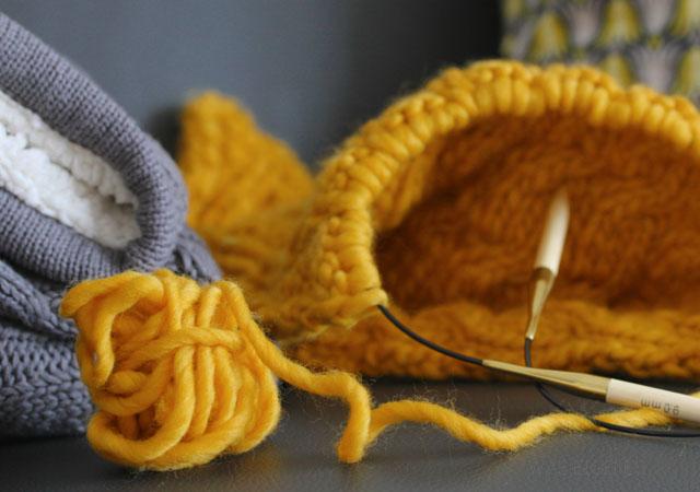 DIY Knitting   Sofakissen stricken   waseigenes.com