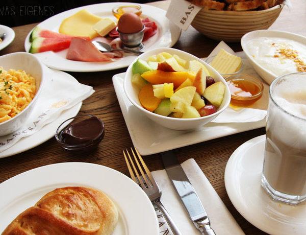 Köln: Frühstück im Bastian's - Auf dem Berlich 3-5 | waseigenes.com