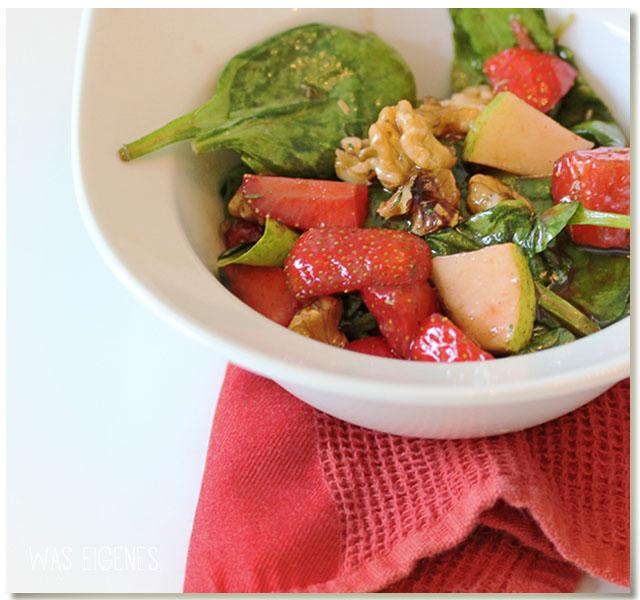 Feldsalat mit Erdbeeren, Walnüsse und Birnen | waseigenes.com