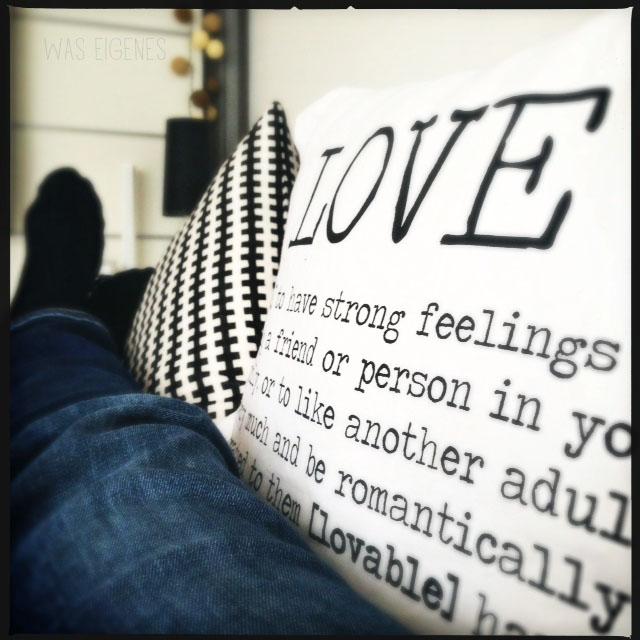 12v12 was eigenes love kissen