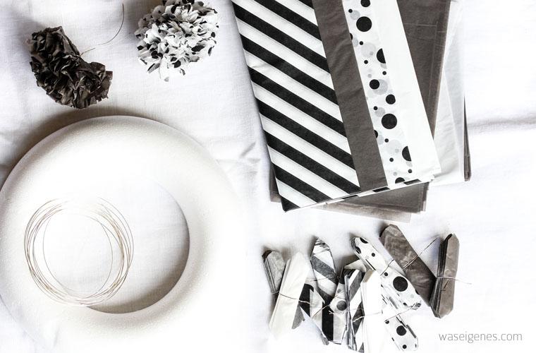 DIY Seidenpapier PomPom Kranz | Pompoms selber machen | waseigenes.com