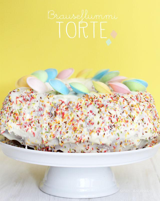 Geburtstagskuchen: Brauseflummi Torte | Rezept | Marmorkuchen mit Brauseflummis dekorieren | waseigenes.com [2014]