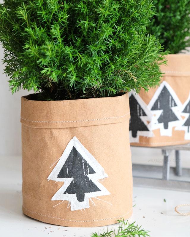DIY: Übertöpfe aus SnapPap selber nähen und mit weihnachtenlichen Stoffapplikationen aufhübschen | waseigenes.com
