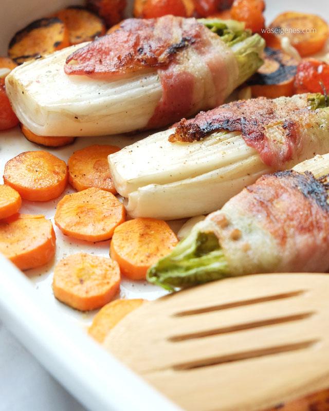 Chicoree im Speckmantel mit Moehren, Tomaten und Mandel-Soja-Joghurt | waseigenes.com
