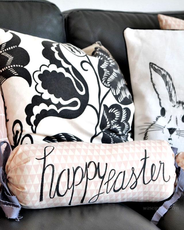 DIY Osterhasen Kissen | Kissenbezug selbst bemalen | happy easter Nackenrolle | waseigenes.com