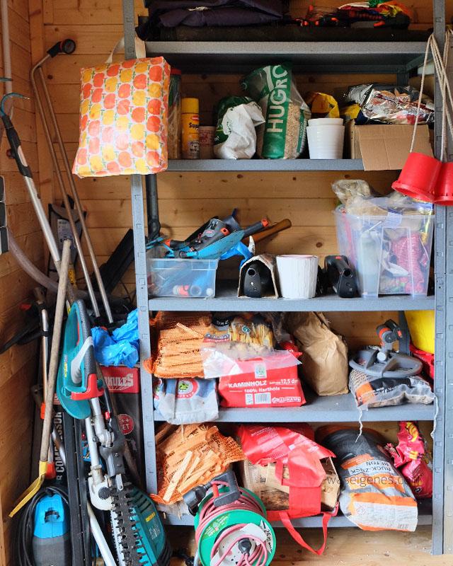 Gartenhaus aufraeumen | Orthex Boxen | waseigenes.com 1