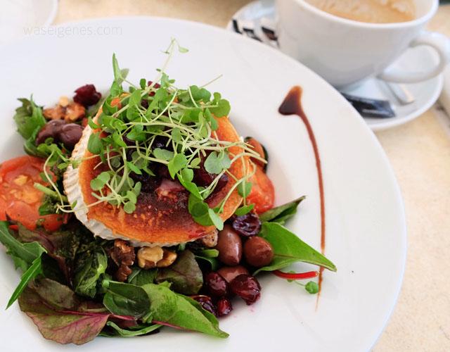 Kopenhagen | Daenemark | waseigenes.com |  Cafe Oven Vande | Salat Ziegenkaese