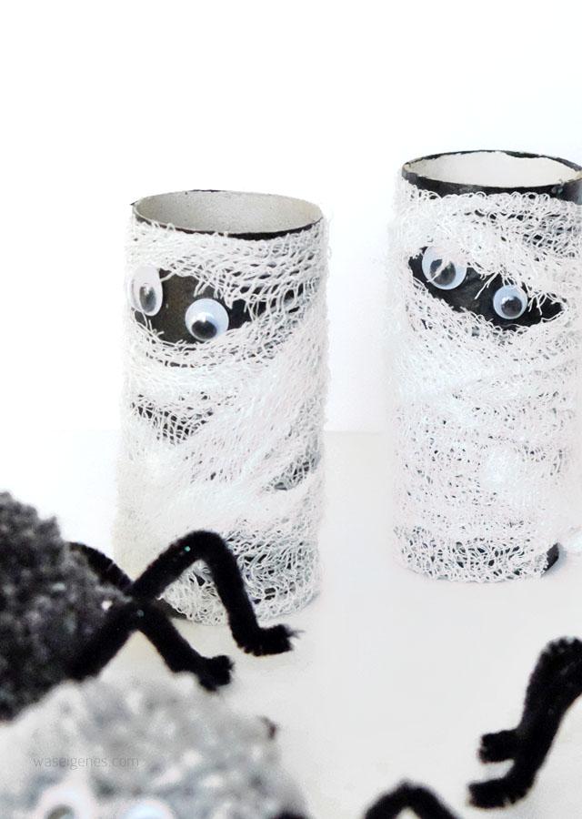 DIY Halloween Deko | Basteln mit Kindern | Toilettenpapierrolle Mumie | Herbst 2016 | waseigenes.com DIY Blog