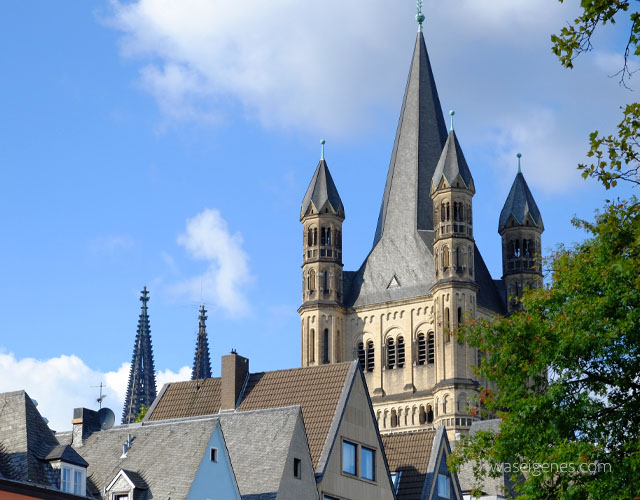 Antikmarkt Koelner Altstadt | Konrad Adenauer Ufer | Groß St. Martin | waseigenes.com Blog