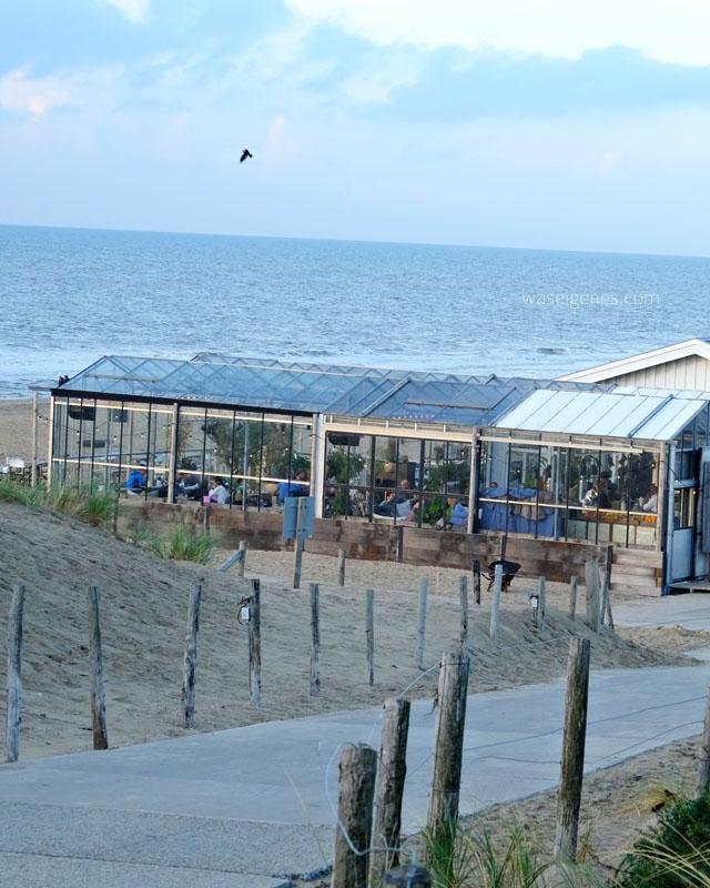 Noordwijk 2016 waseigenes.com | Winter Lodge Branding Beach Club