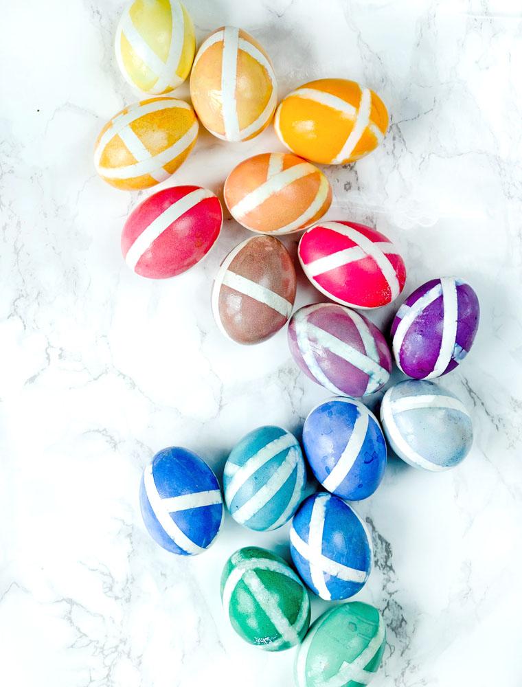 Ostereier mit Washi Tape und Eierfarbe färben | waseigenes.com