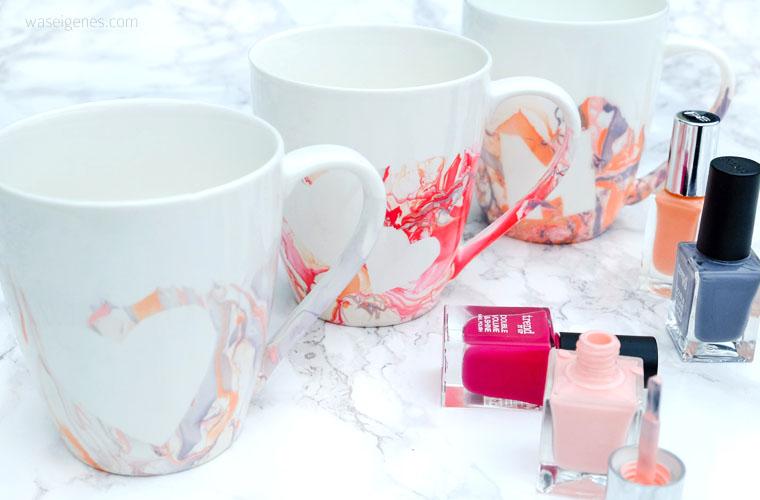 DIY Idee: Kaffeetassen mit Nagellack marmorieren, vorher Herzen aufkleben | waseigenes.com