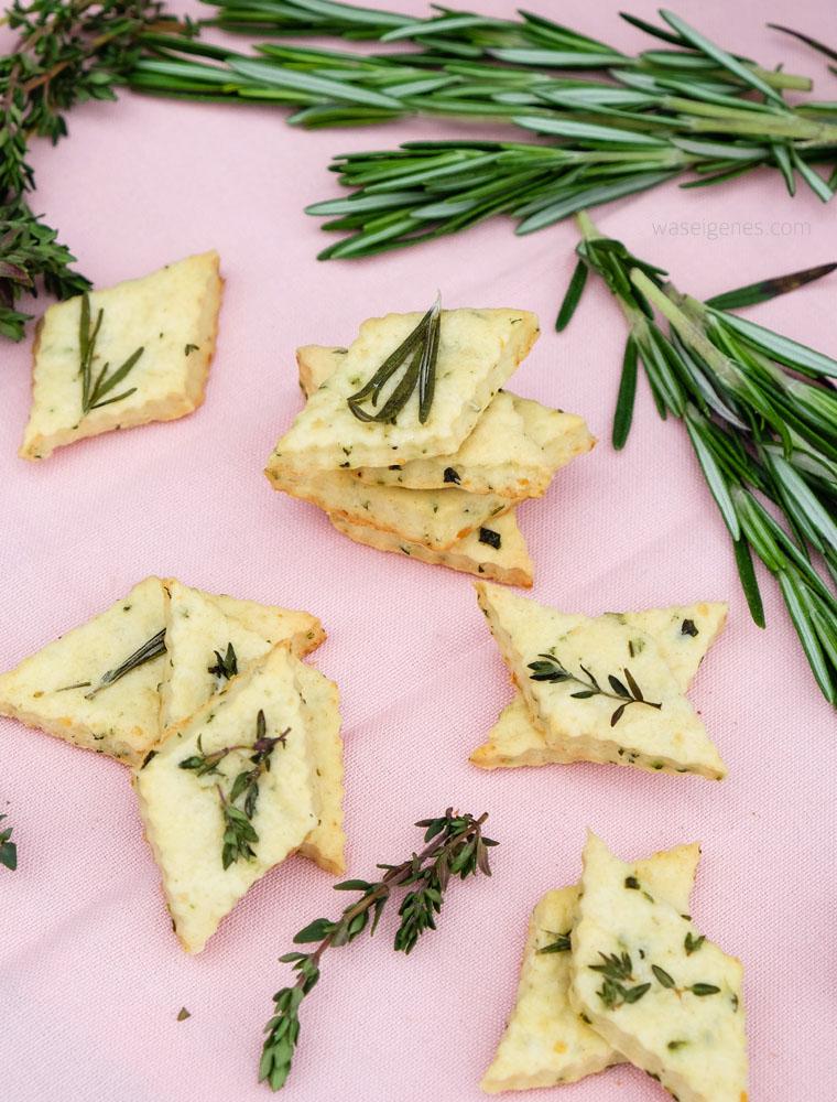 Geschenke aus der Küche: Parmesan Kräuter Cracker | waseigenes.com