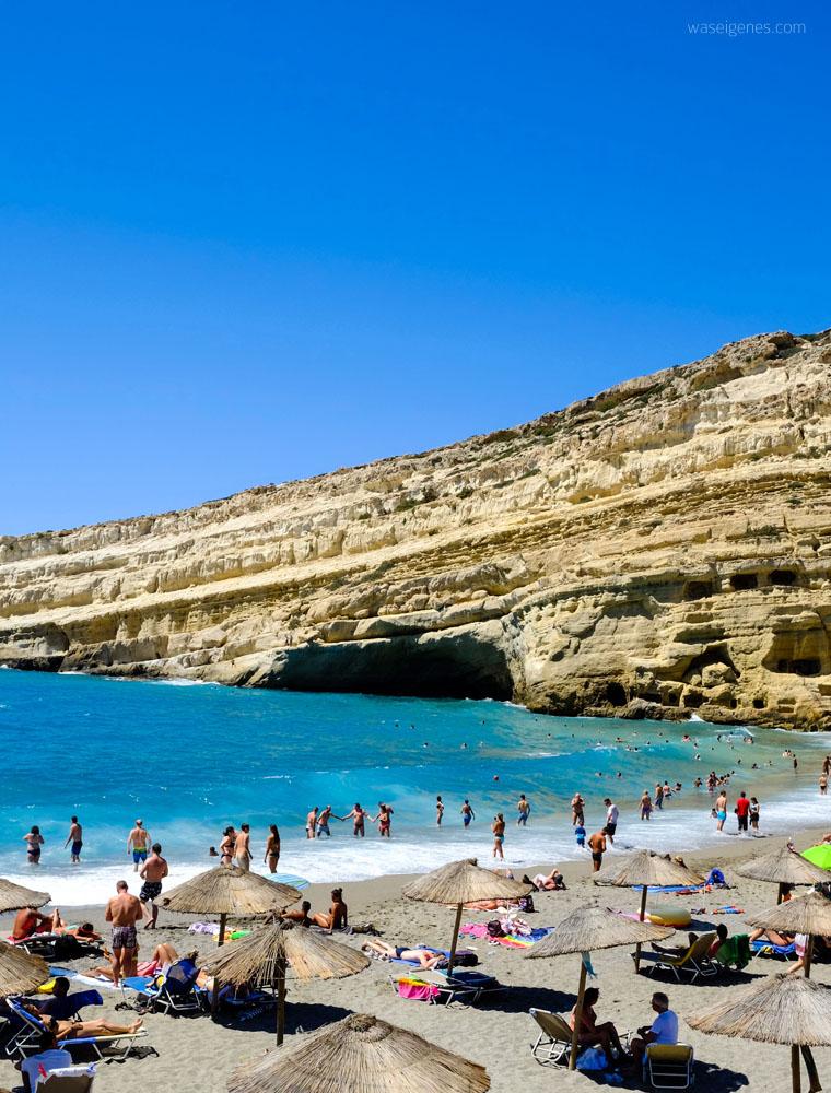 Kreta: Hippie Dorf Matala | Felsen | Wohnhöhlen | waseigenes.com