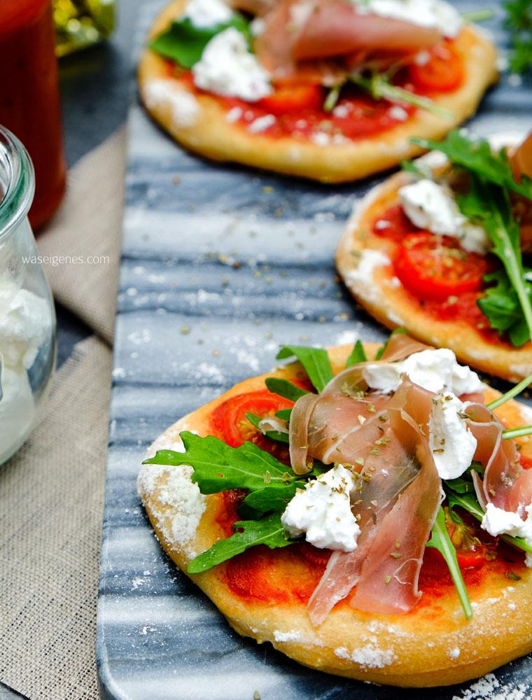 Rucola Pizza mit Prosciutto und Ziegenkäse | waseigenes.com
