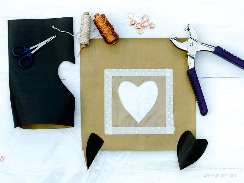 Bastel- und Faltanleitung Papiertüten mit selbst gedruckten Textillabel für Geschenke aus der Küche | waseigenes.com DIY Blog