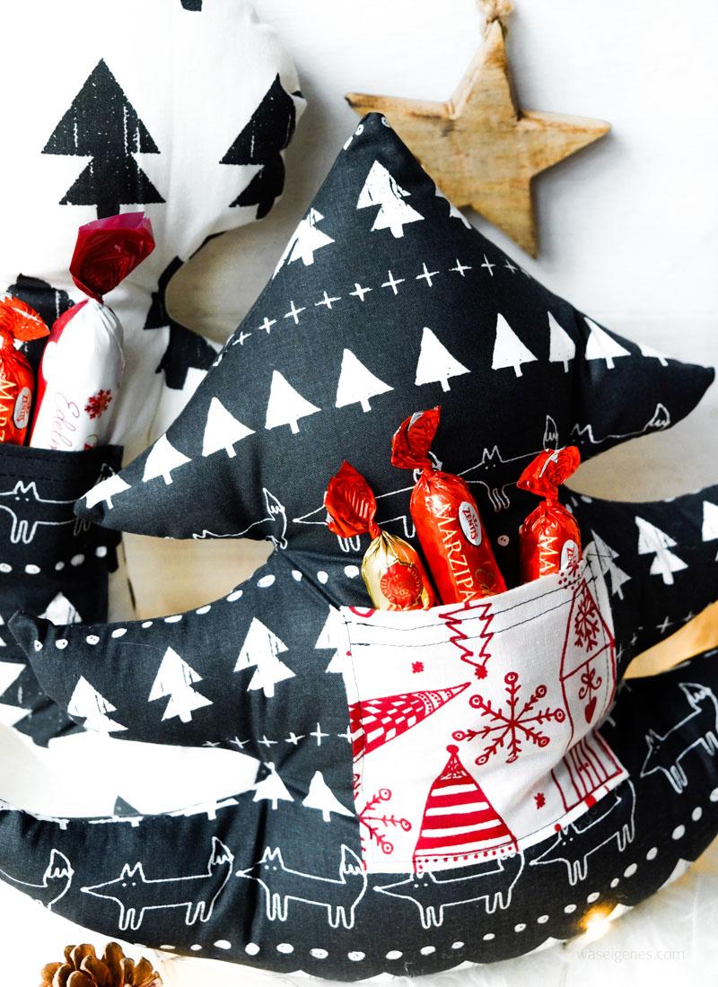Weihnachtsgeschenke aus dem Nähzimmer: Weihnachtsbaum Kissen mit Aufbewahrung- und Einstecktaschen | waseigenes.com DIY Blog