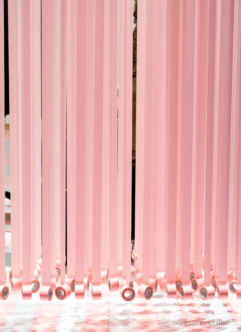 Hängende, rosafarbene Washi Tape Rolle von MT Masking Tape, Creativeworld 2018, waseigenes.com