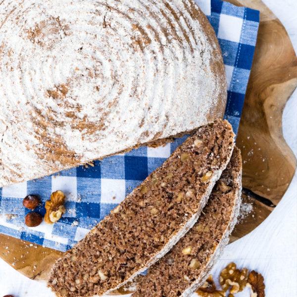 Rezept Nussbrot | Thermomix Rezept | Brot mit Walnuessen und Haselnuessen | Brot & Broetchen aus dem Thermomix | waseigenes.com
