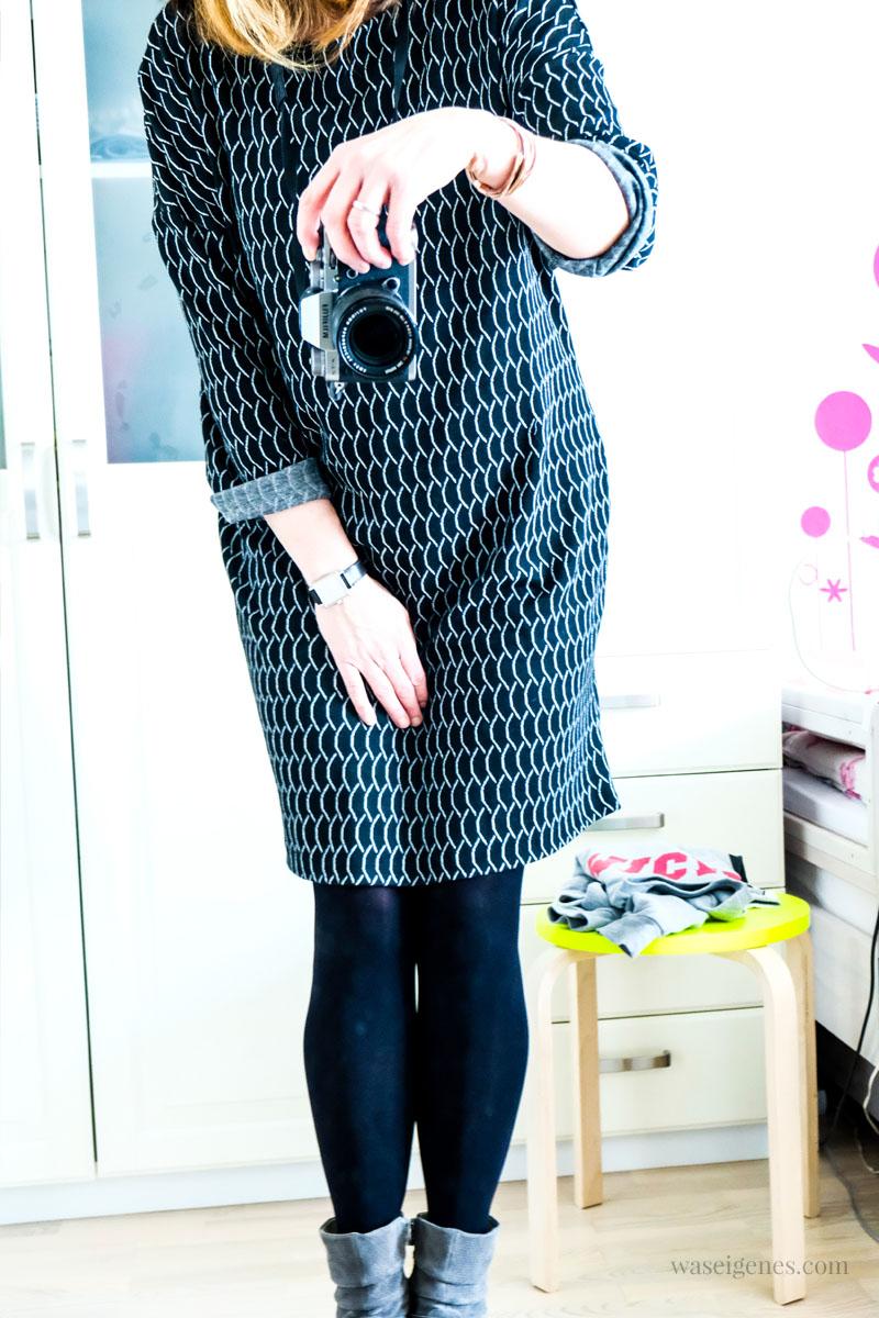 DIY Strickkleid selber nähen | Kleid aus Strick Jacquard | Schnittmuster und schwarz weißer Jacquard von Stoff & Stil | waseigenes.com