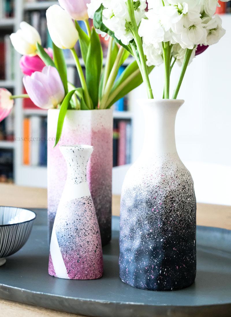Kreidefarben zum Sprühen, Unikate selbermachen: DIY Vasen mit Sprühfarbe pimpen, waseigenes.com