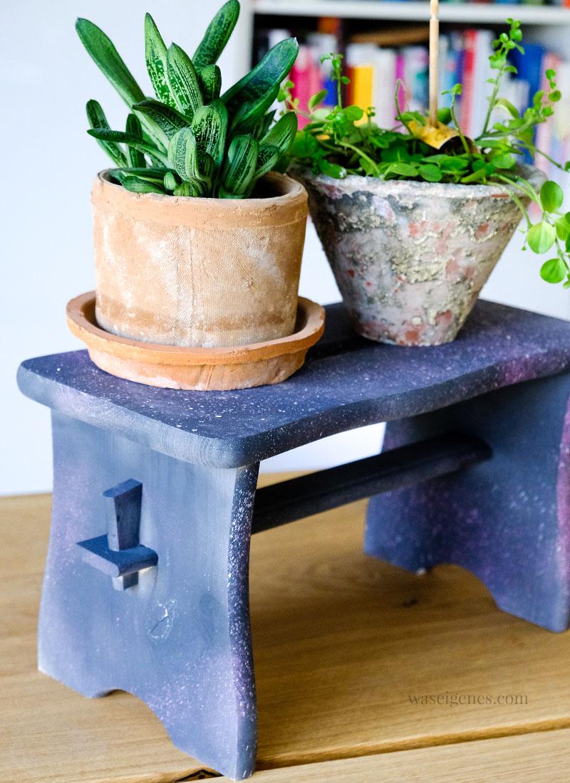 DIY Holzbank mit Kreidefarben zum Sprühen pimpen | grau, rosa & pink, Holzbänkchen für Pflanzen | waseigenes.com