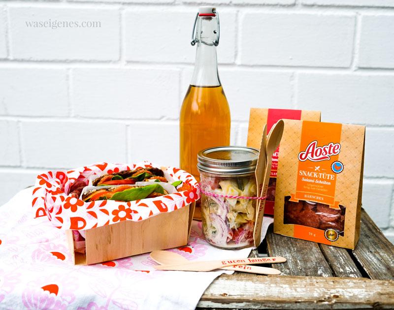 Rezept: Süß-scharfer Tortellini Salat mit Ananas und Dijon-Senf-Dressing, Sandwiches & Aoste Snack Tüte | Picknick | waseigenes.com