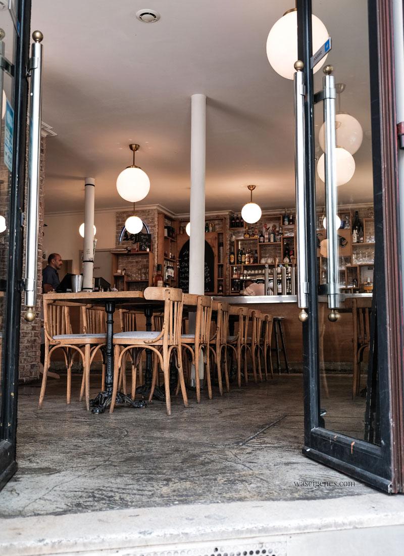 Paris: Brasserie La Halte | Rue Bachelet | waseigenes.com