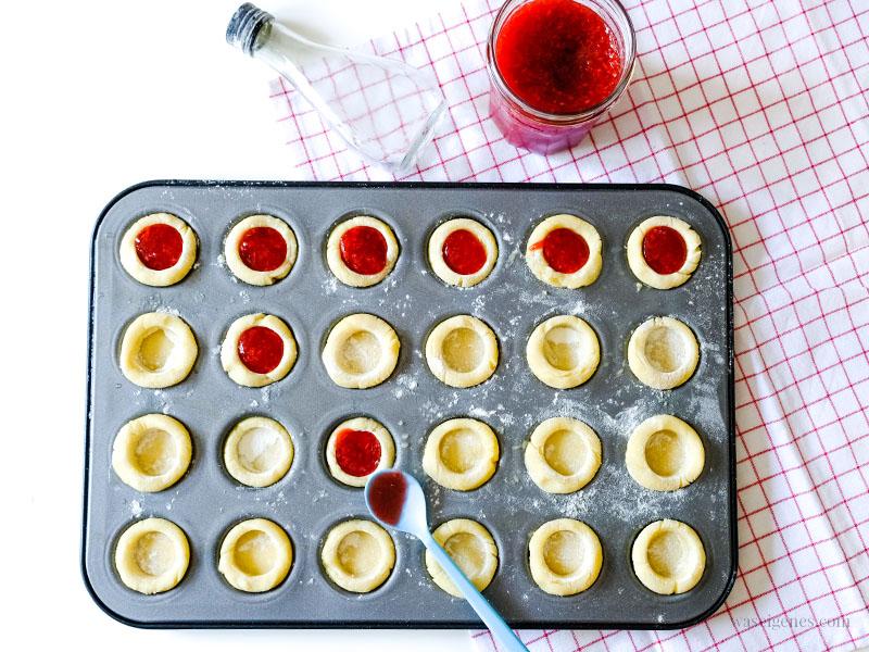 Rezept: Marmeladentörtchen mit selbst gemachter Erdbeer-Kokos-Marmelade | waseigenes.com