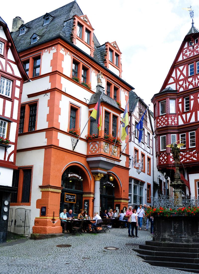 Bernkastel-Kues, Rheinland-Pfalz | Marktplatz | waseigenes.com