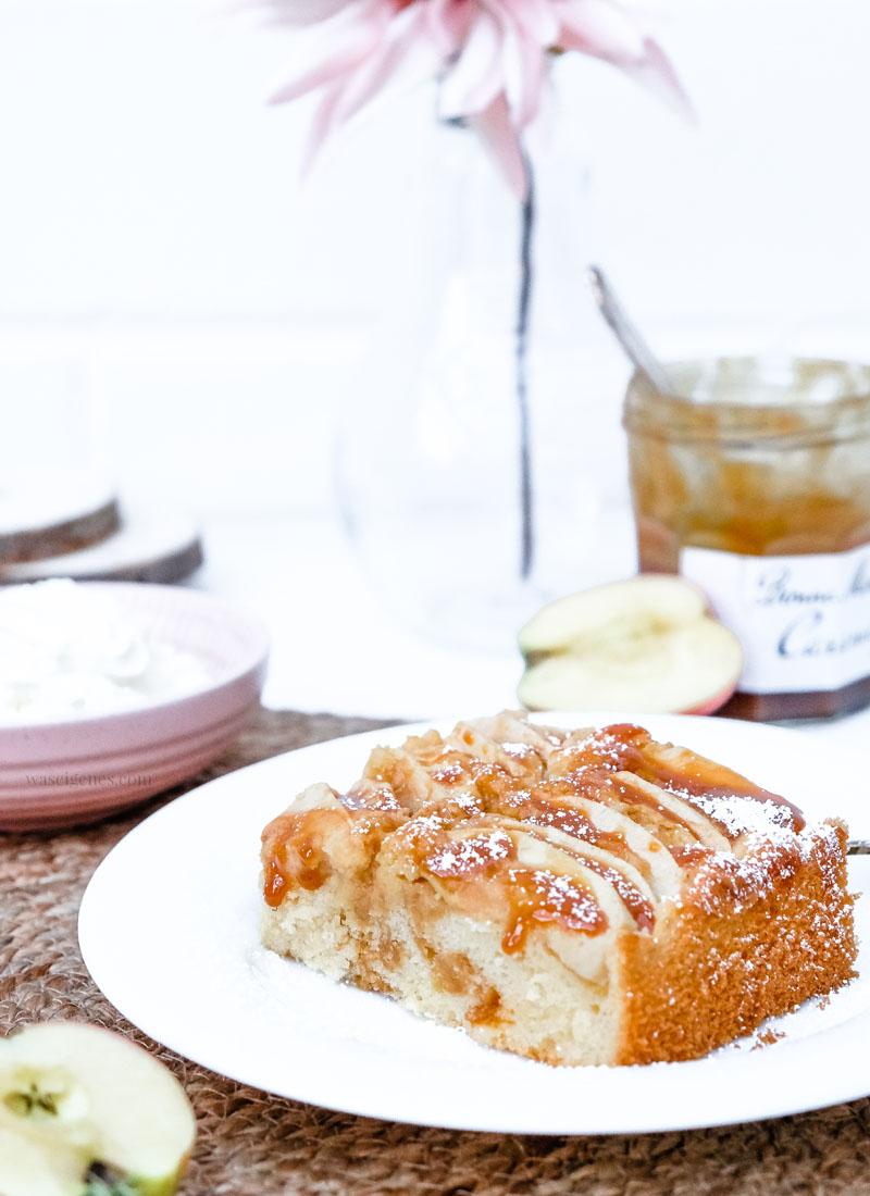 Rezept: köstlicher Apfelkuchen mit Karamell | waseigenes.com #apfelkuchen #karamell