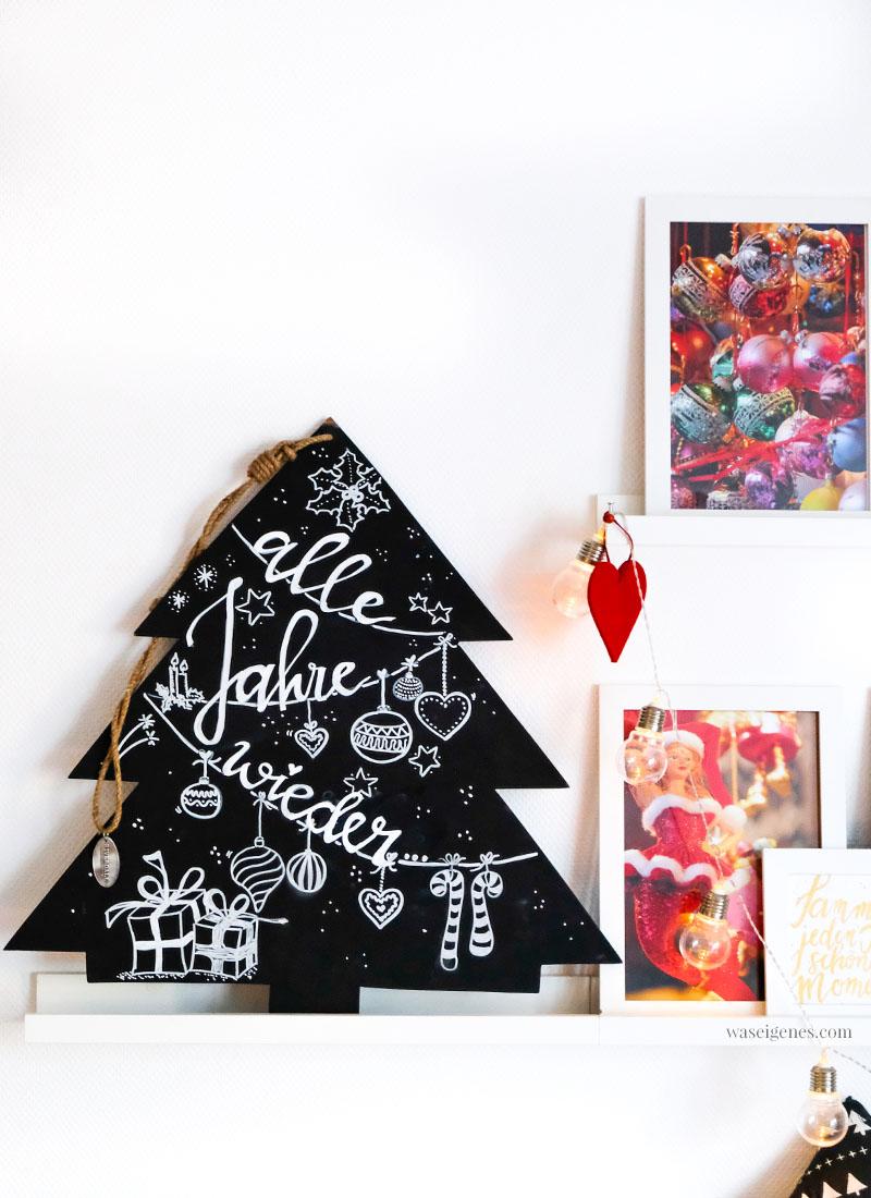 Handlettering auf Tafel- Weihnachtsbaum, Alle Jahre wieder,  #Weihnachtsdeko #Tafelbaum #handlettering #alleJahrewieder waseigenes.com