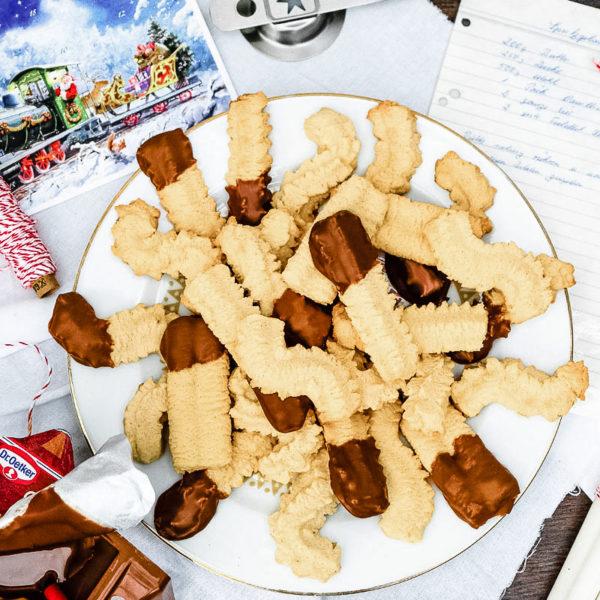Rezept: Spritzgebäck - der Klassiker unter den Weihnachtsplätzchen | waseigenes.com #weihnachtsplätzchen #spritzgebäck