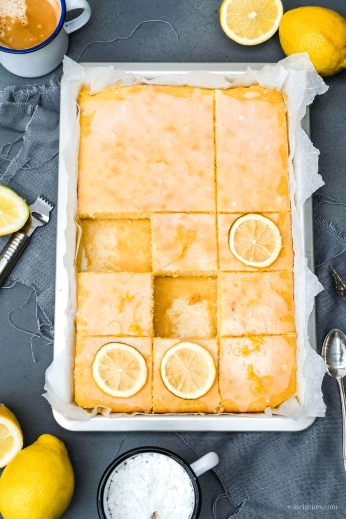 Rezept: Zitronenschnitten, saftiger Blechkuchen, waseigenes.com
