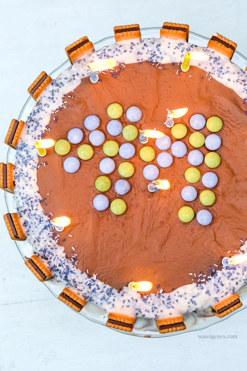 Geburtstagskuchen: Mamorkuchen mit Schokoglasur und Pick Up | waseigenes.com