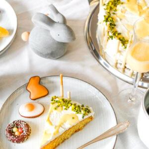 Rezept: Eierlikörkuchen   Nicht nur zu Ostern ein Genuss! #eierlikörkuchen #Kuchenrzept   waseigenes.com