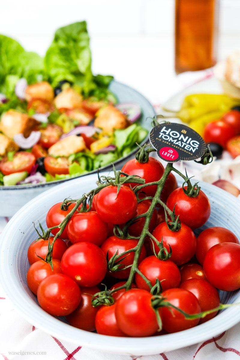 Bauernsalat mit Honigtomaten und panierten Feta Würfel | Rezept, waseigenes.com