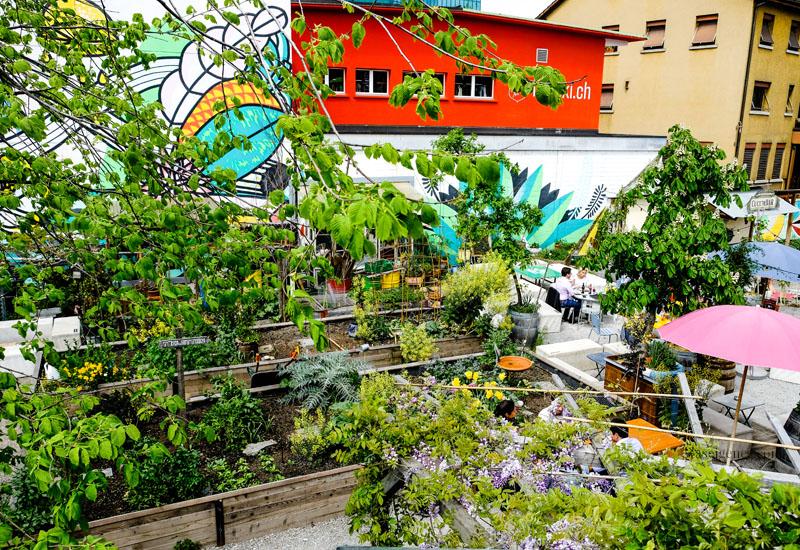 """Zürich West: Stadtgarten """"Frau Gerolds Garten"""", Geroldstrasse 23, Restaurant und Biergarten,  waseigenes.com"""