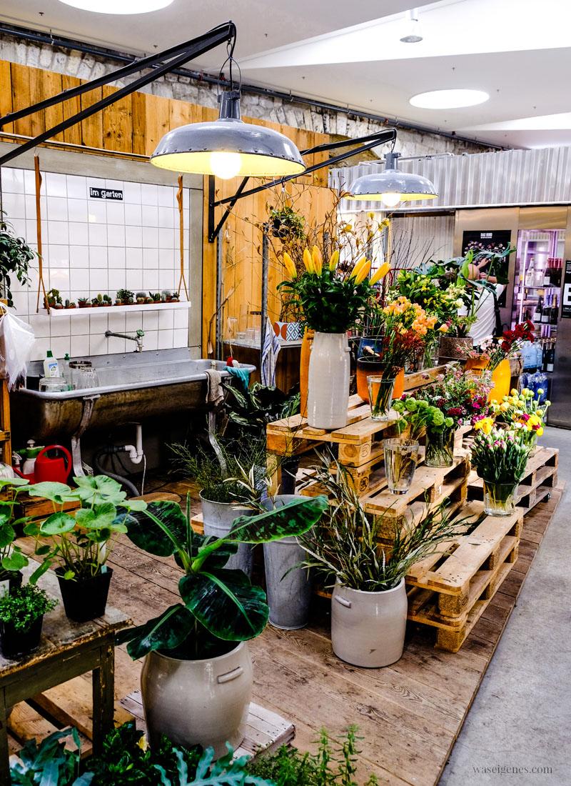 Zürich West: Markthalle Im Viadukt, Im Garten, Blumengeschäft, waseigenes.com
