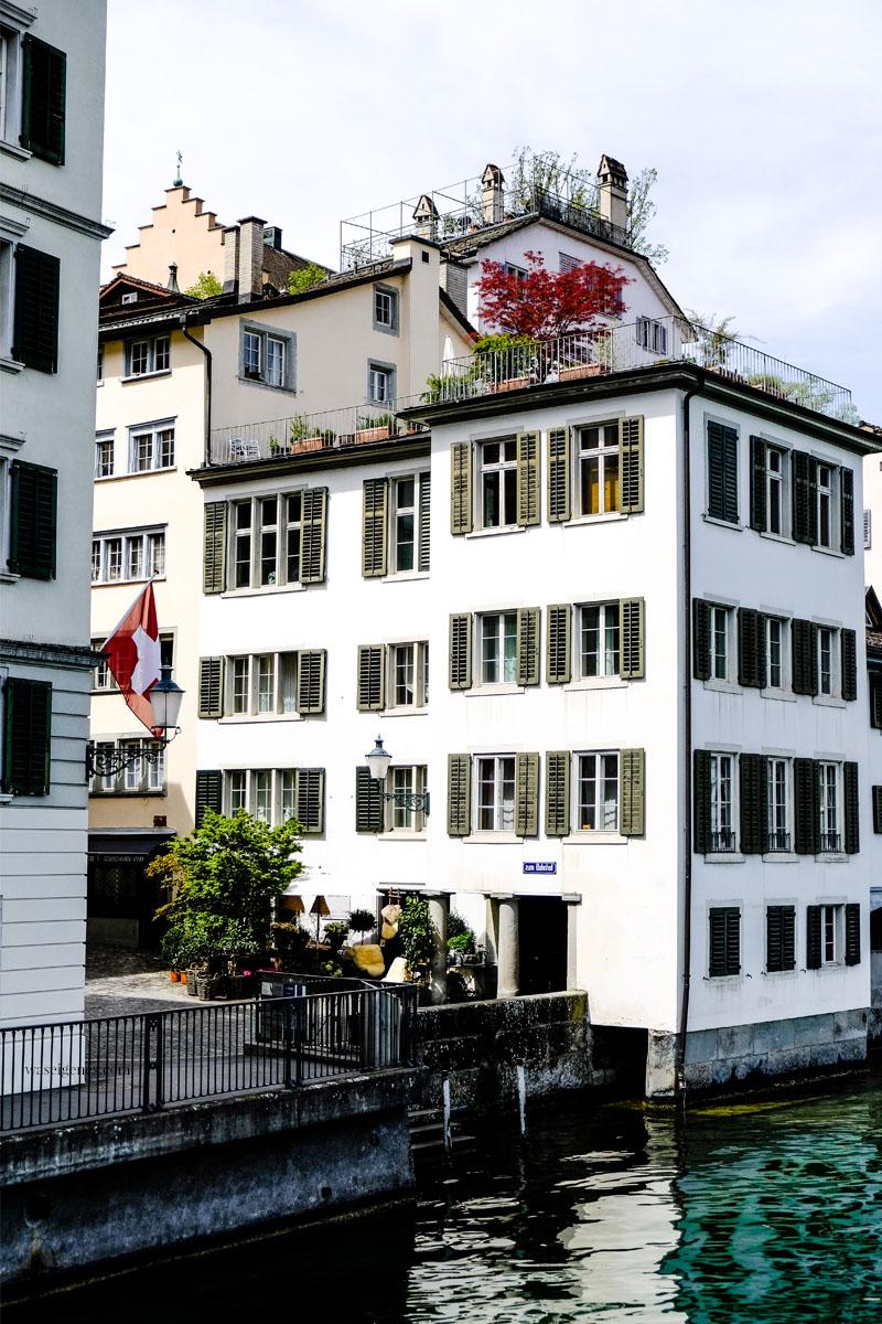 Städtereise nach Zürich: Schipfe, Limmat, waseigenes.com