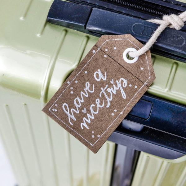 DIY Kofferanhänger aus SnapPap nähen - handlettering bonne voyage, gute Reise, have a nice trip | waseigenes.com