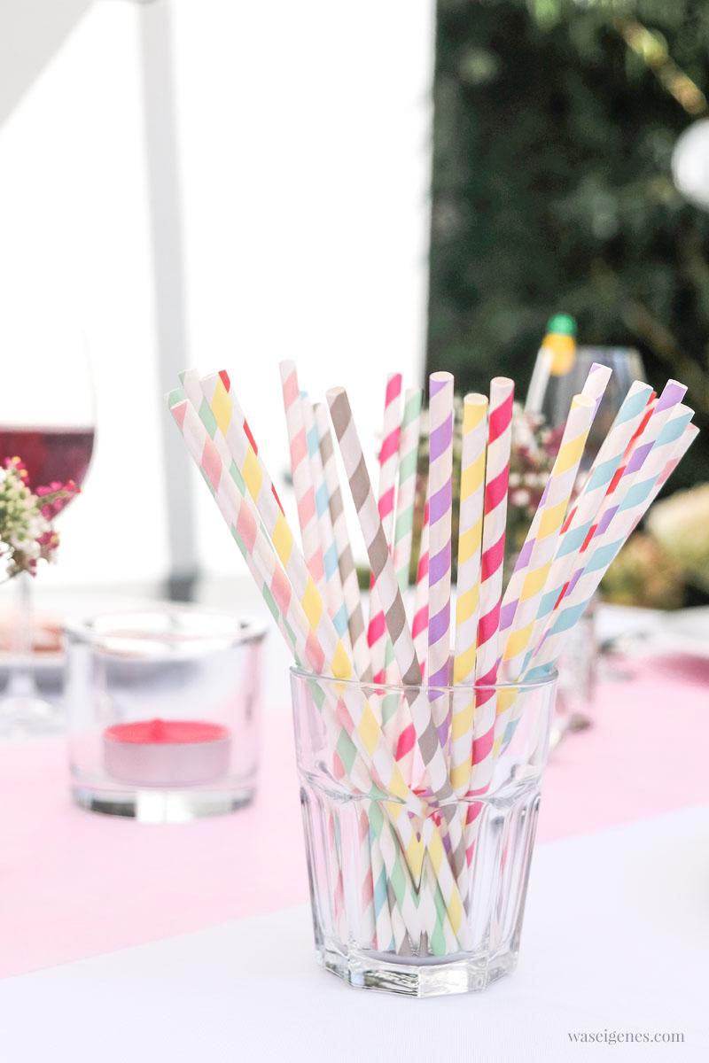 Gartenfest Tischdeko, Papierstrohhalme | Unser alljährliches Ferien-Abschlussgrillen mit Freunden | waseigenes.com