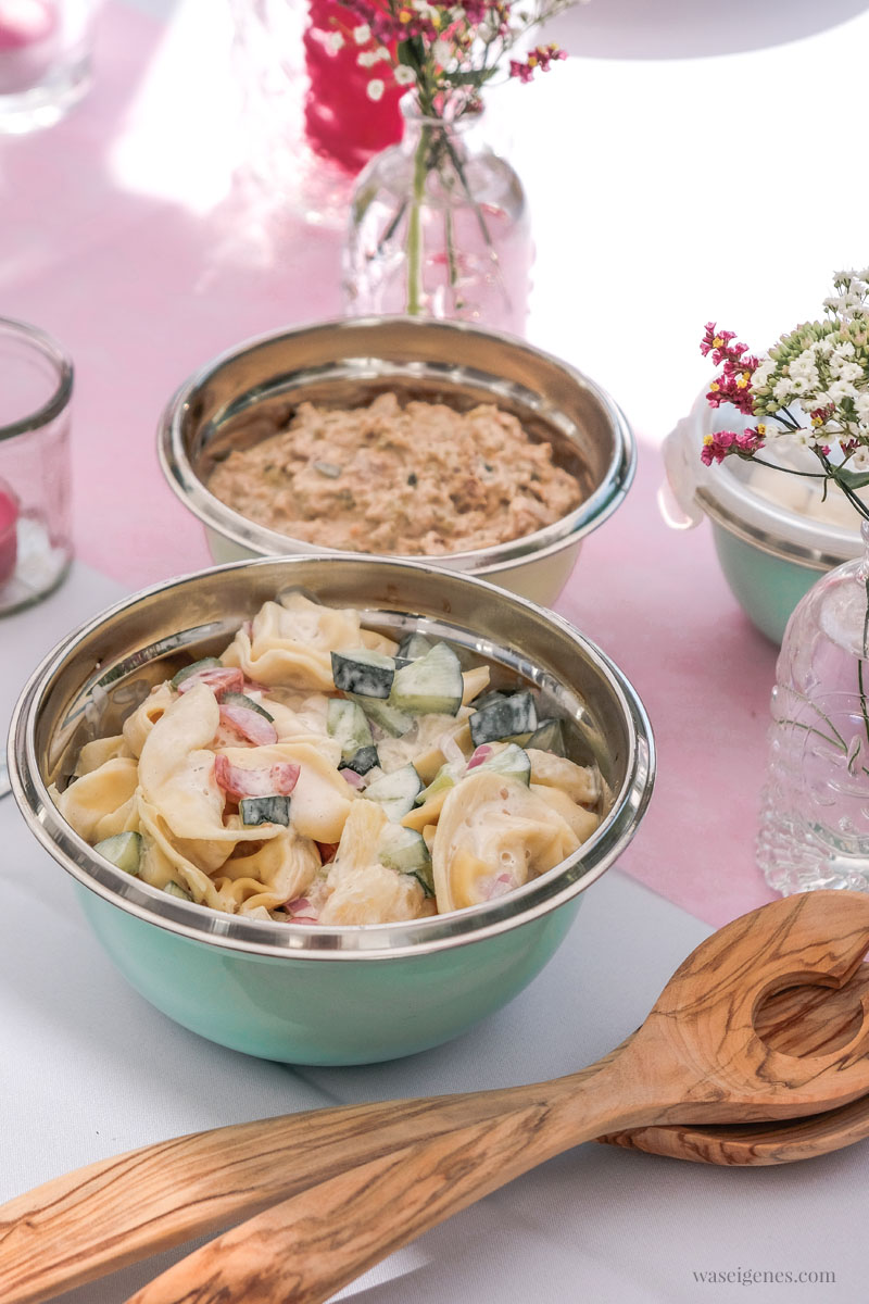 Gartenfest - Süß-scharfer Tortellini Salat, Thunfisch Dip | Tschüss Sommerferien | waseigenes.com